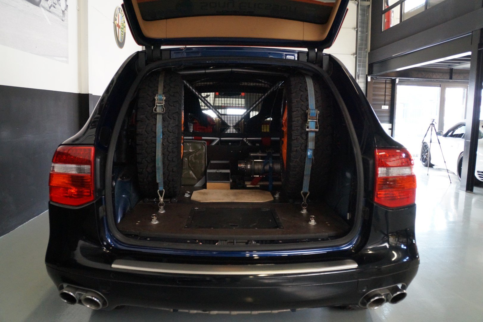 PORSCHE CAYENNE S Transsyberia Number 1 of 26 (2007) For Sale (picture 4 of 6)