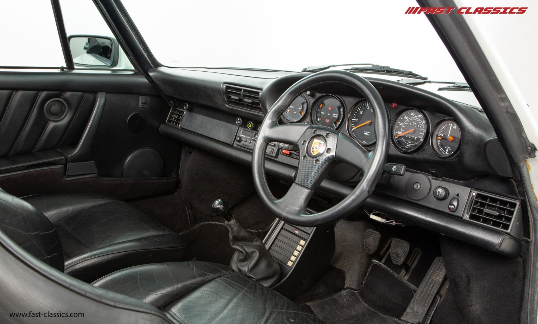 1986 PORSCHE 911 SUPERSPORT CAB // C16 UK RHD // GRAND PRIX WHITE For Sale (picture 14 of 23)
