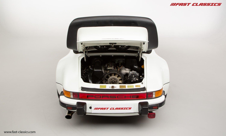 1986 PORSCHE 911 SUPERSPORT CAB // C16 UK RHD // GRAND PRIX WHITE For Sale (picture 18 of 23)