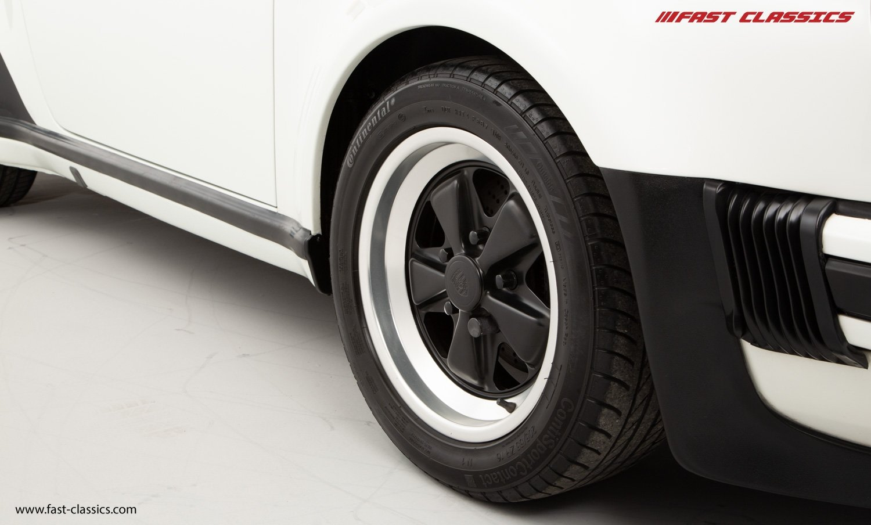 1986 PORSCHE 911 SUPERSPORT CAB // C16 UK RHD // GRAND PRIX WHITE For Sale (picture 22 of 23)
