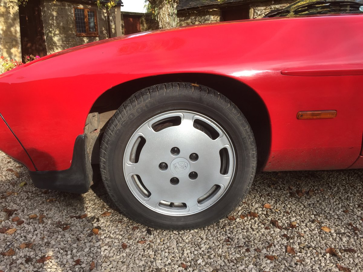 Porsche 928 S2, 5 speed manual, 1986, For Sale (picture 2 of 6)