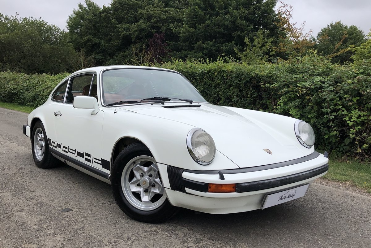 1977 Porsche 911 2.7 Sportomatic. Fully restored. Stunning For Sale (picture 1 of 6)