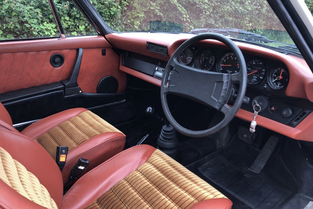 1977 Porsche 911 2.7 Sportomatic. Fully restored. Stunning For Sale (picture 5 of 6)