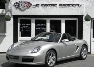 PORSCHE BOXSTER 2.7 MANUAL HUGE SPEC ONLY 30000 MILES!