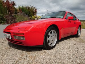 1992 Porsche 944 S2 3.0l in Guards Red, Bridge Spoiler For Sale