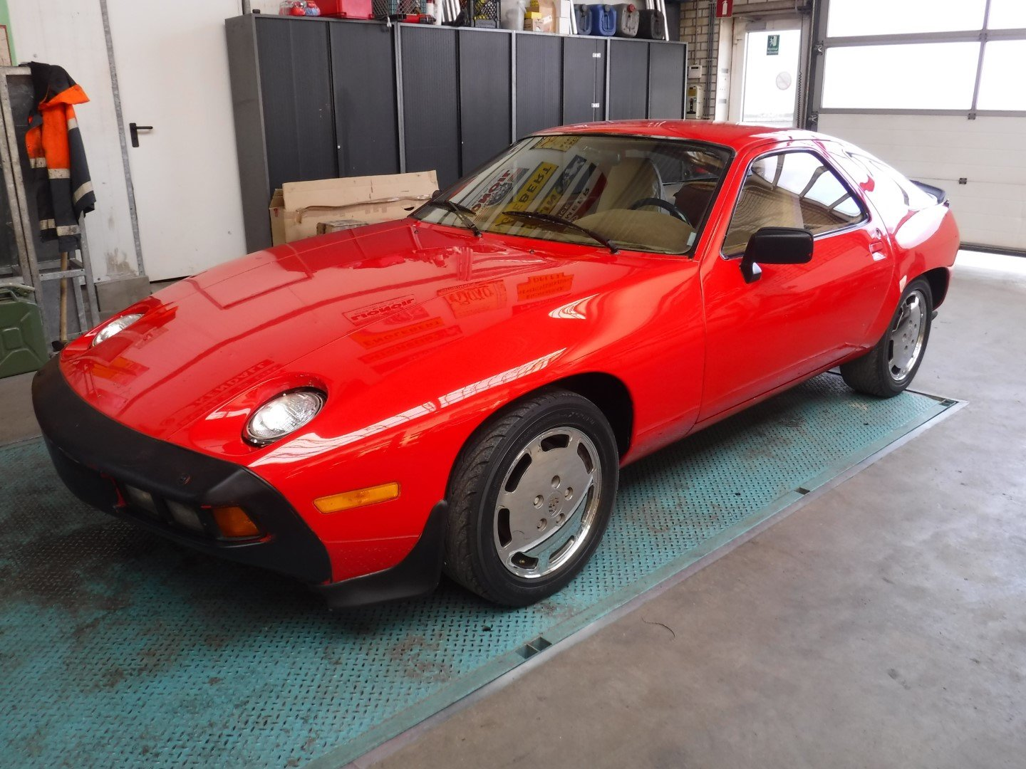 Porsche 928  1979  8 cyl.  4.5L For Sale (picture 1 of 6)