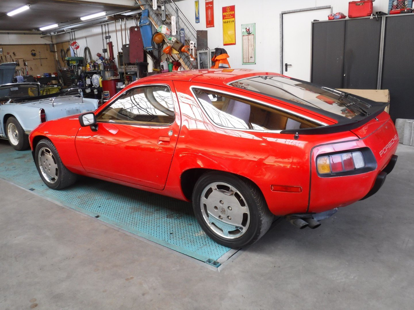 Porsche 928  1979  8 cyl.  4.5L For Sale (picture 6 of 6)