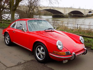 Picture of 1970 PORSCHE 911T 2.2 COUPE - LHD