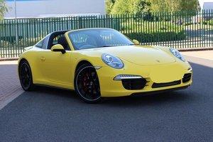 Stunning RHD/UK 991 C4S Targa in yellow