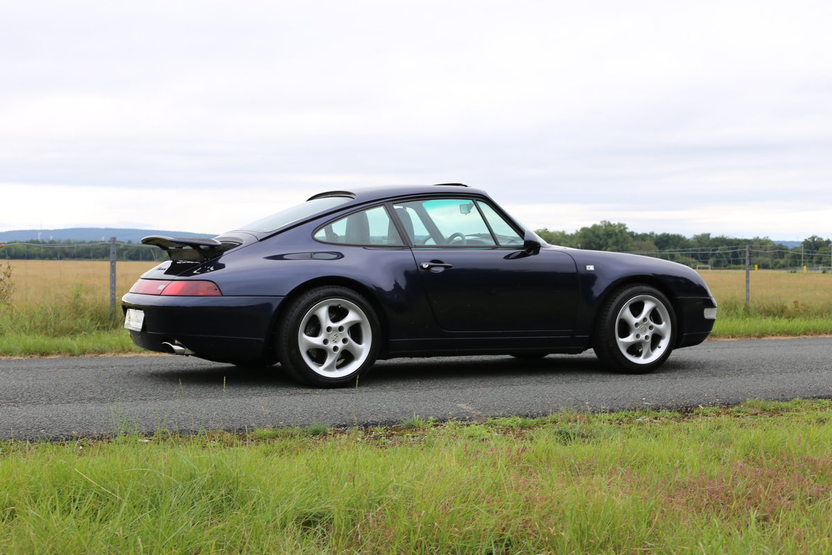 1994 Last of the air-cooled Porsche 911 Carrera (993) Coupe Tiptr For Sale (picture 2 of 6)