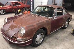 1965 Porsche 911 coupe needs restoration  For Sale