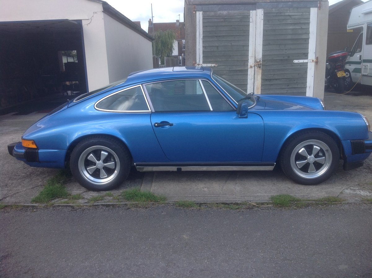 1976 RHD 911 SOLD (picture 4 of 6)