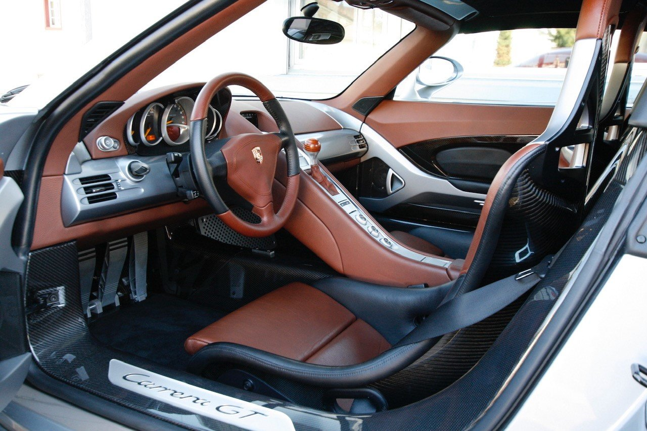 2004 Porsche Carrera GT F1 inspired mid engine supercar For Sale (picture 3 of 6)