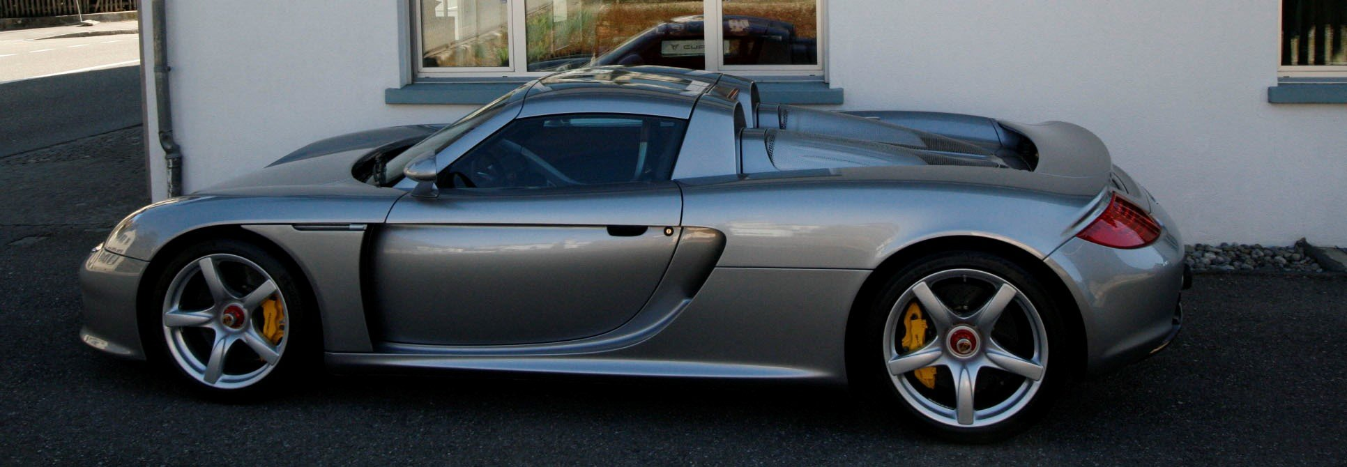 2004 Porsche Carrera GT F1 inspired mid engine supercar For Sale (picture 6 of 6)