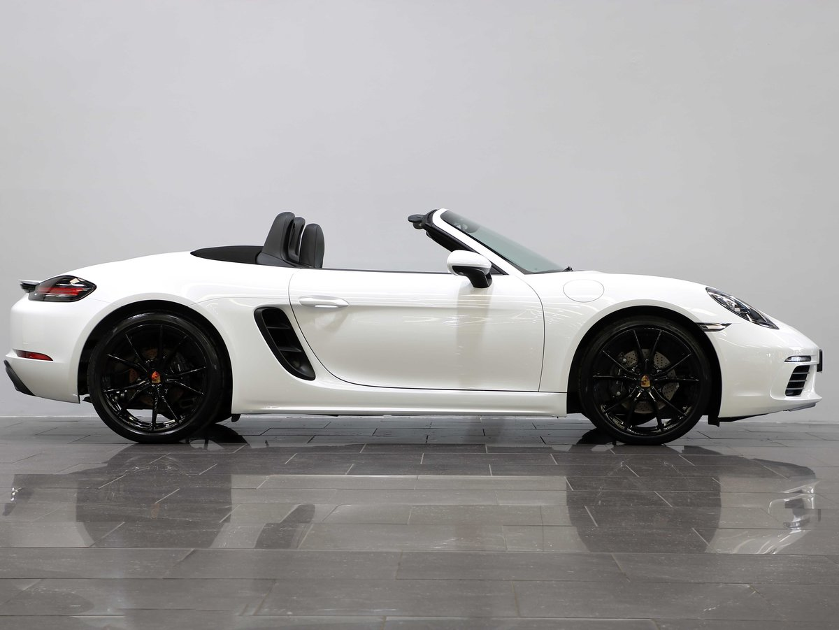 2017 17 17 PORSCHE 718 BOXSTER 2.0T MANUAL For Sale (picture 2 of 6)