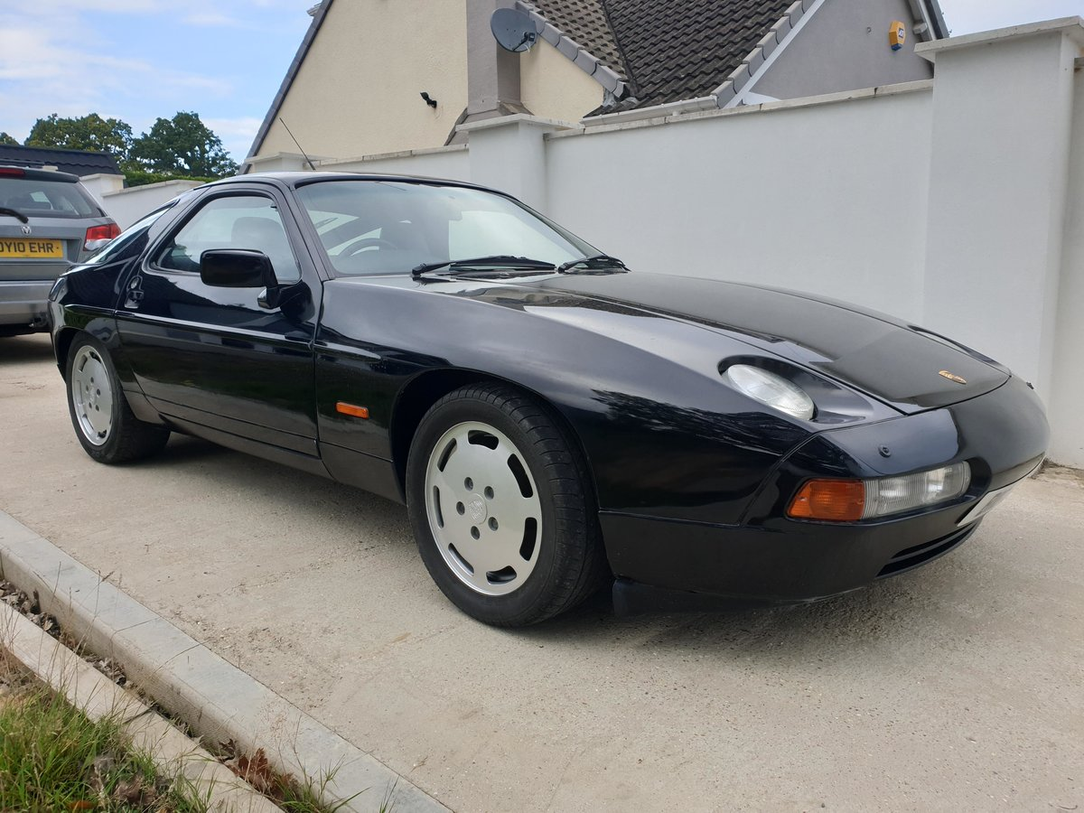 1991 Stunning Triple Black Low Owner Porsche 928 S4 FSH For Sale (picture 1 of 6)