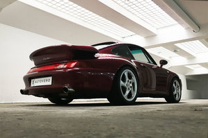 Picture of 1996  - iconic 993 turbo in launch colour For Sale