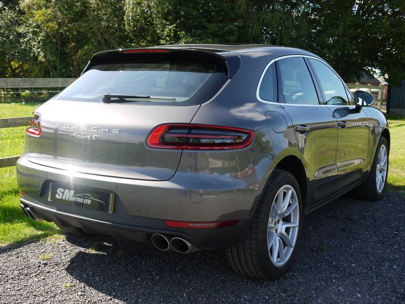 2015 PORSCHE MACAN 3.0 V6 S PDK AUTO HUGE SPEC, FPSH For Sale (picture 4 of 6)