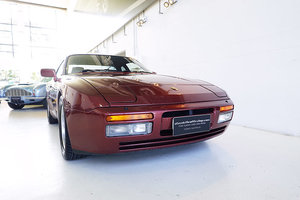 AUS del. 944 Turbo, just serviced, complete history