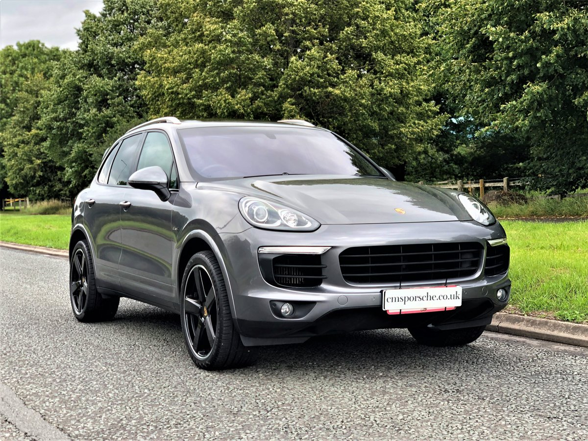 2016 Porsche (958) Cayenne 3.0D SOLD (picture 3 of 6)