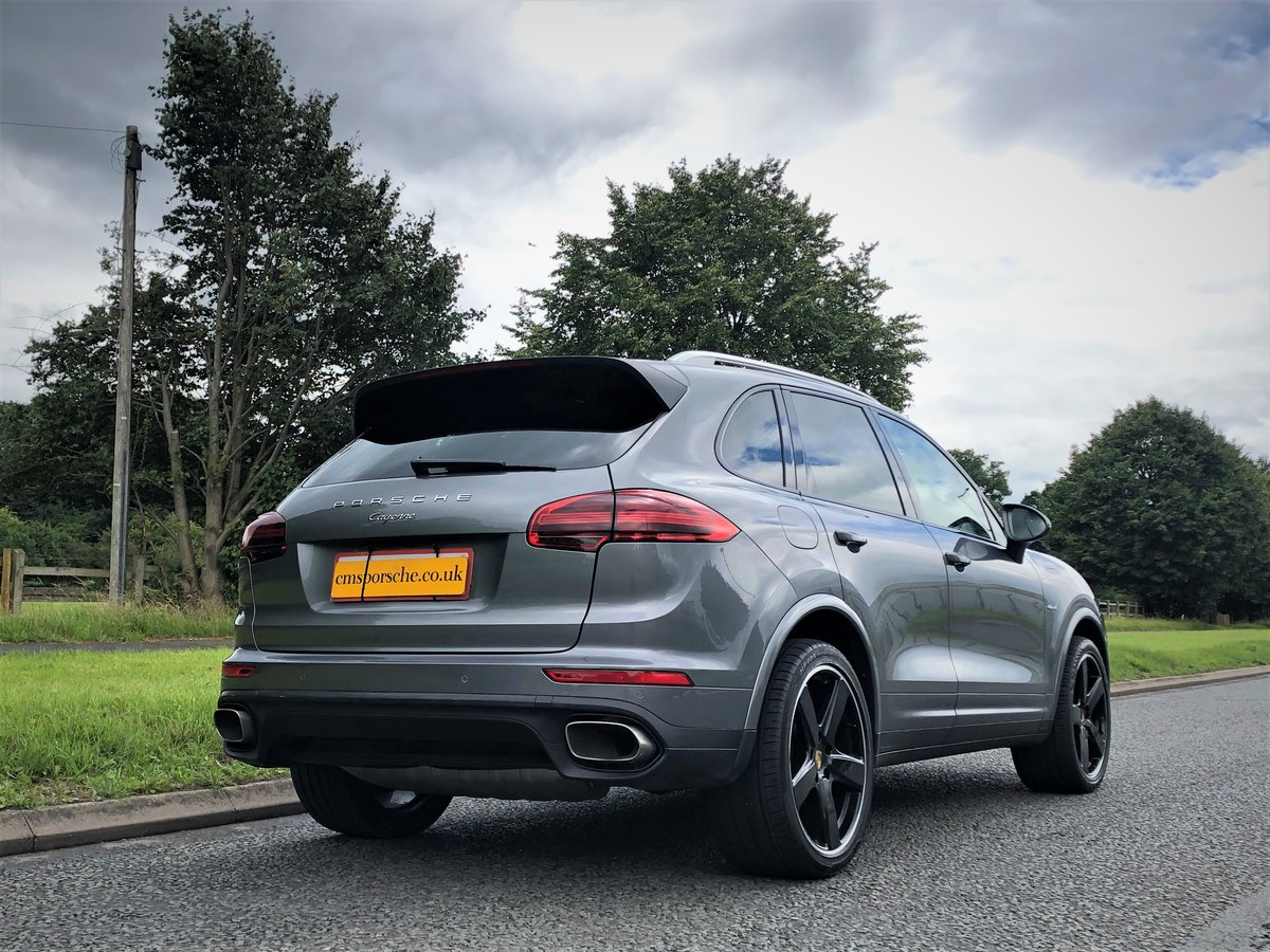2016 Porsche (958) Cayenne 3.0D SOLD (picture 4 of 6)