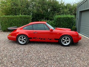 Porsche 911 3.2 Carrera light weight