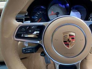 201717 Porsche MACAN