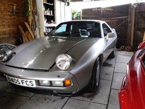 Picture of 1984 Porsche 928 S2 for restoration - £4995