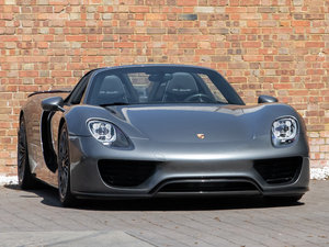 Picture of 2015 Porsche 918 Spyder SOLD