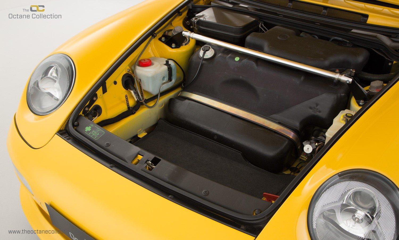 1995 PORSCHE 993 CARRERA RS // COLLECTOR GRADE // ORIGINAL PAINT  For Sale (picture 17 of 23)