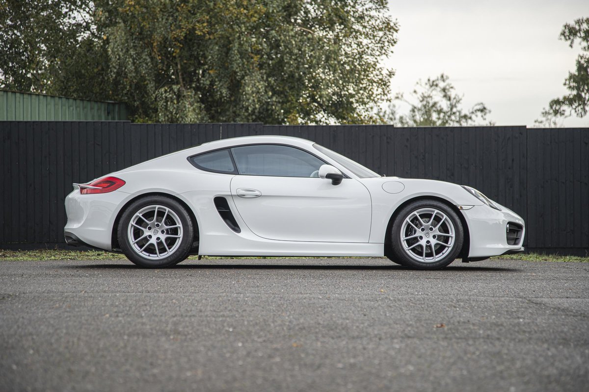 2016 Porsche 981 Cayman SOLD (picture 2 of 6)