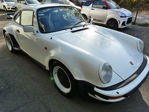 Picture of 1984 PORSCHE 911 930 TURBO 3.3 Four Speed Gearbox
