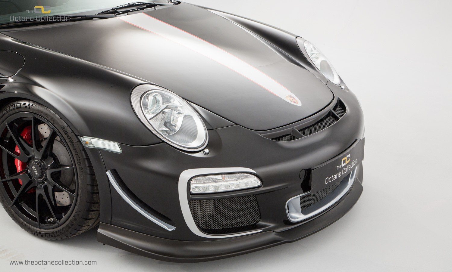 2011 PORSCHE (997) 911 GT3 RS 4L // ORIGINAL PAINT // 6K MILES  For Sale (picture 5 of 24)