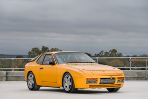 Picture of 1986  Porsche 944 Turbo