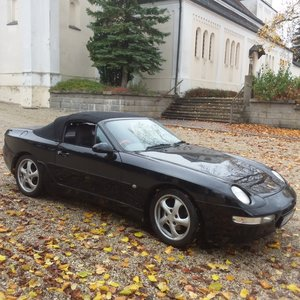 Picture of 1993 968 6 spd man. RHD, new softtop, >20000,- spent