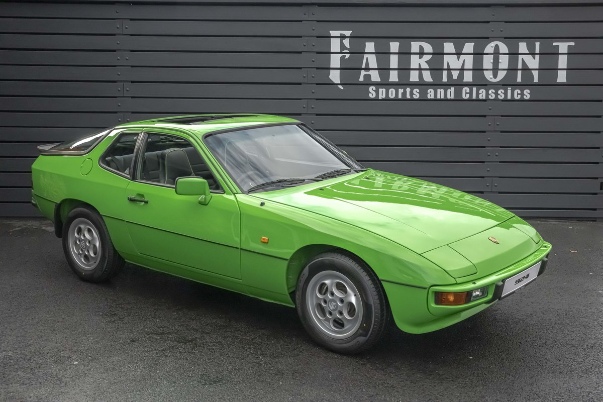 1988 Porsche 924S Signal Green 27k Miles SOLD (picture 1 of 15)