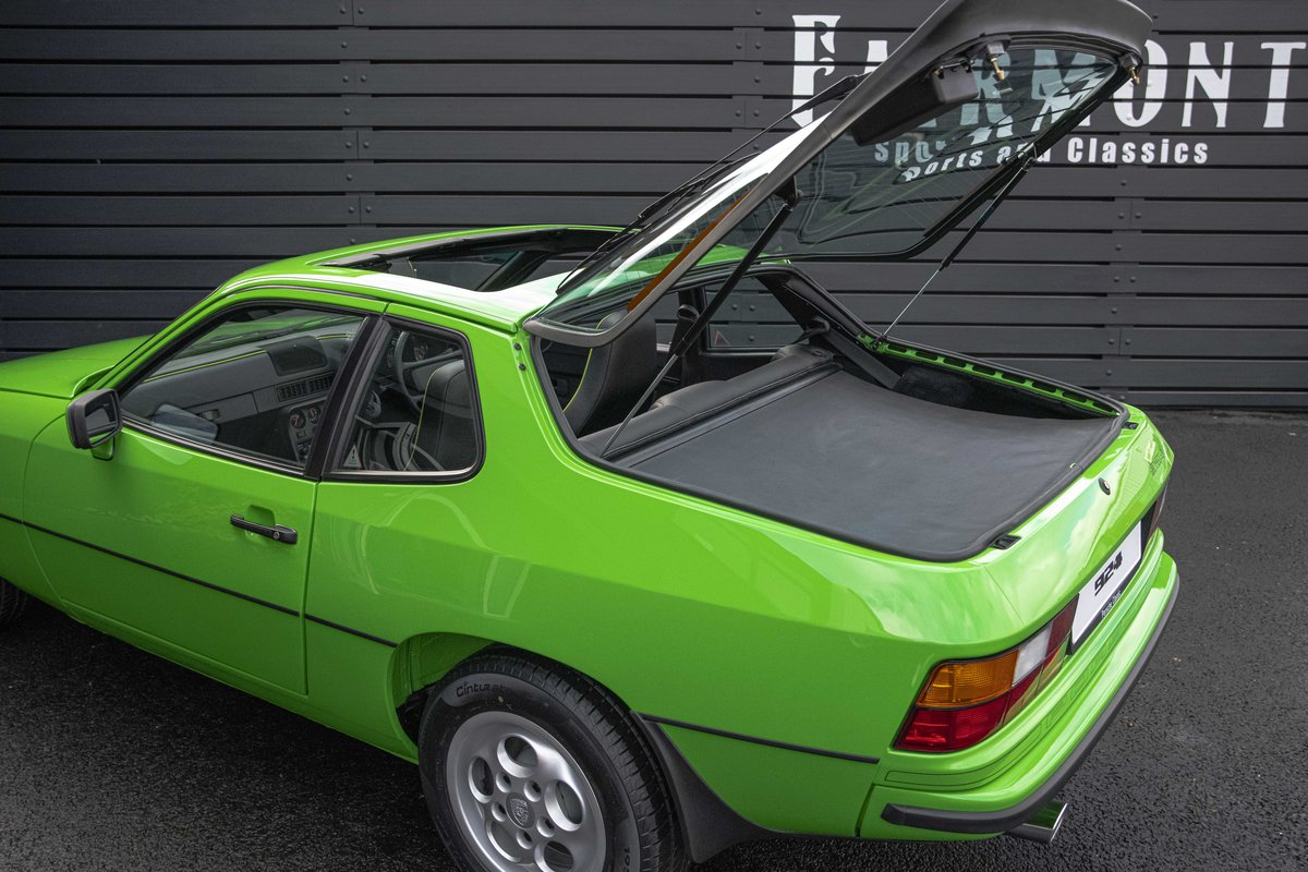 1988 Porsche 924S Signal Green 27k Miles SOLD (picture 8 of 15)