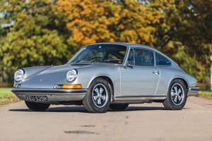 Picture of 1972 Porsche 911T Ext Oil Flap - Restored For Sale by Auction