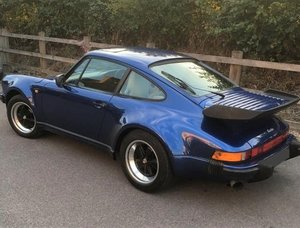 Picture of 1987 Porsche 911 3.3 turbo. Finished in Cobalt Blue with Linen For Sale