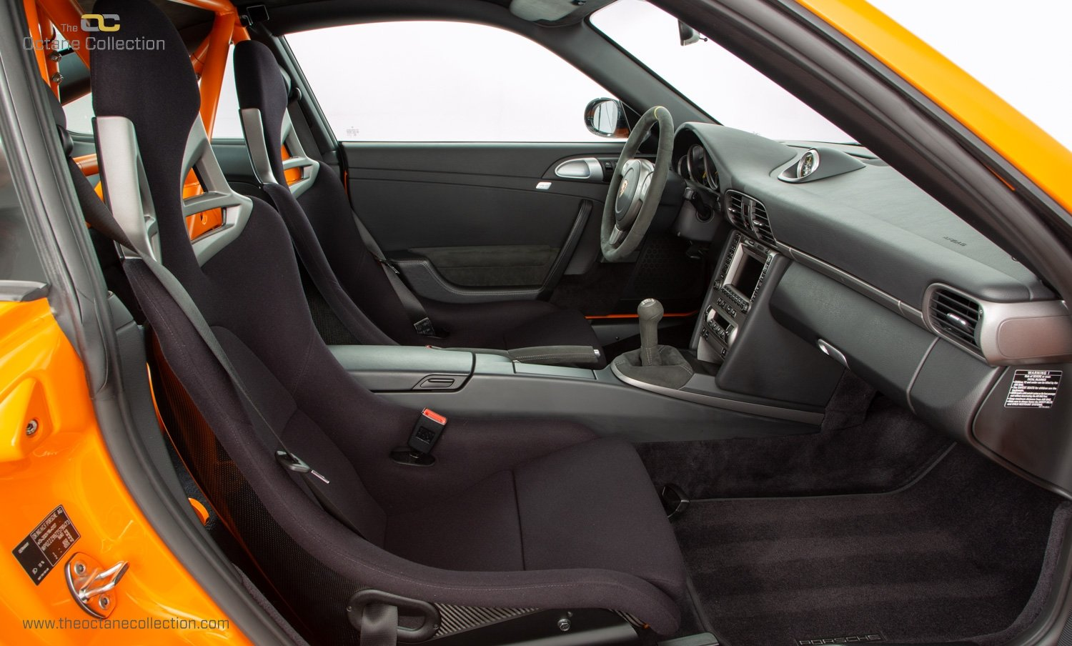 2006 PORSCHE 911 (997) GT3 RS // PURE ORANGE // C22 LHD // PCCB For Sale (picture 16 of 24)