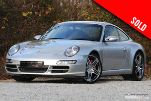 Picture of 2006 (2007 MY) Porsche 997 Carrera 2 S manual coupe SOLD