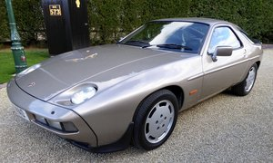 Picture of 1984 Porsche 928 S  ( Rare Manual Gearbox ) For Sale
