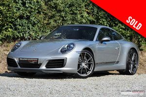 Picture of 2018 Porsche 991.2 (911) Carrera T manual coupe SOLD