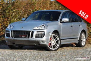 Picture of 2009 Porsche Cayenne GTS Tiptronic S SOLD