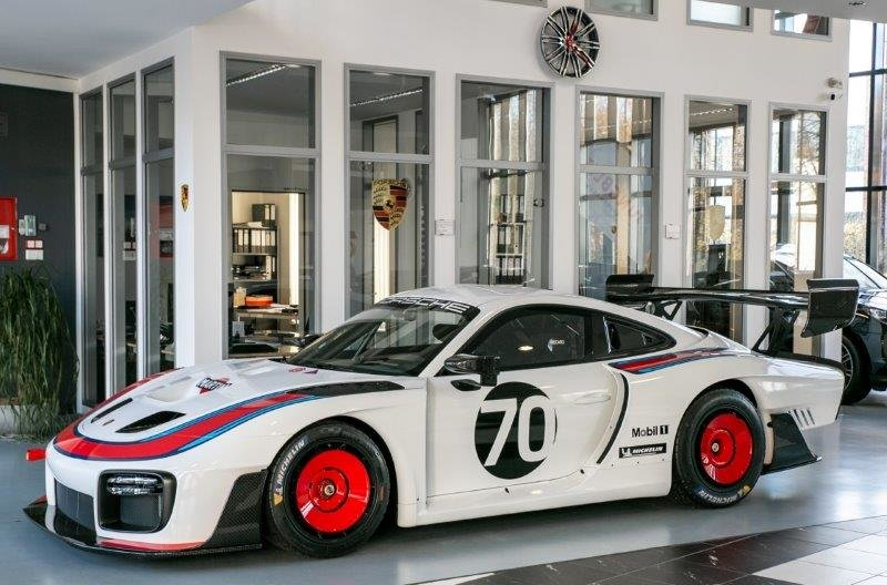 2019 Porsche 911 935 Moby Dick Race Car 1 of 77 World Wide For Sale (picture 5 of 12)