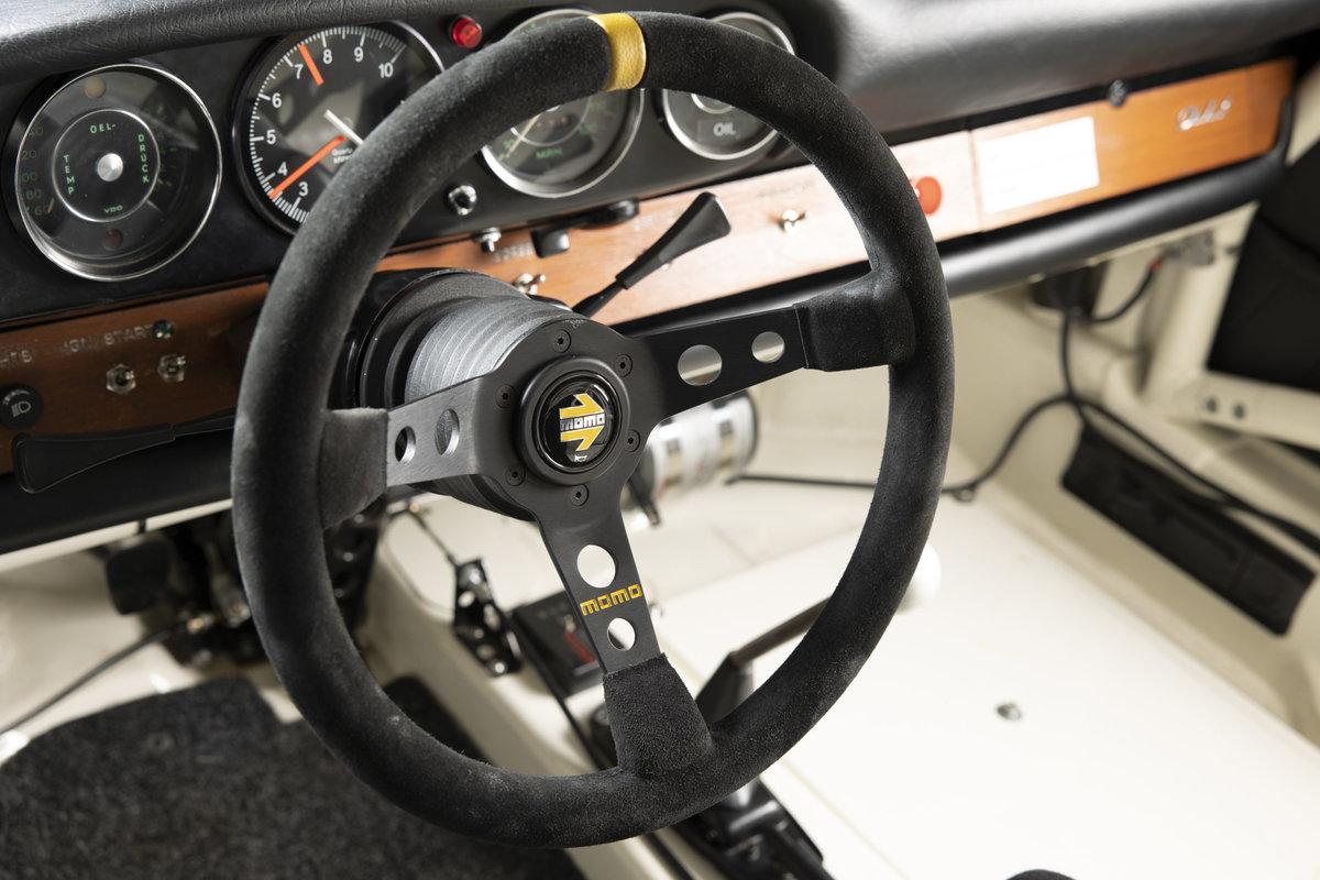 1965 Porsche 911 2.0 FIA Racecar For Sale (picture 6 of 12)