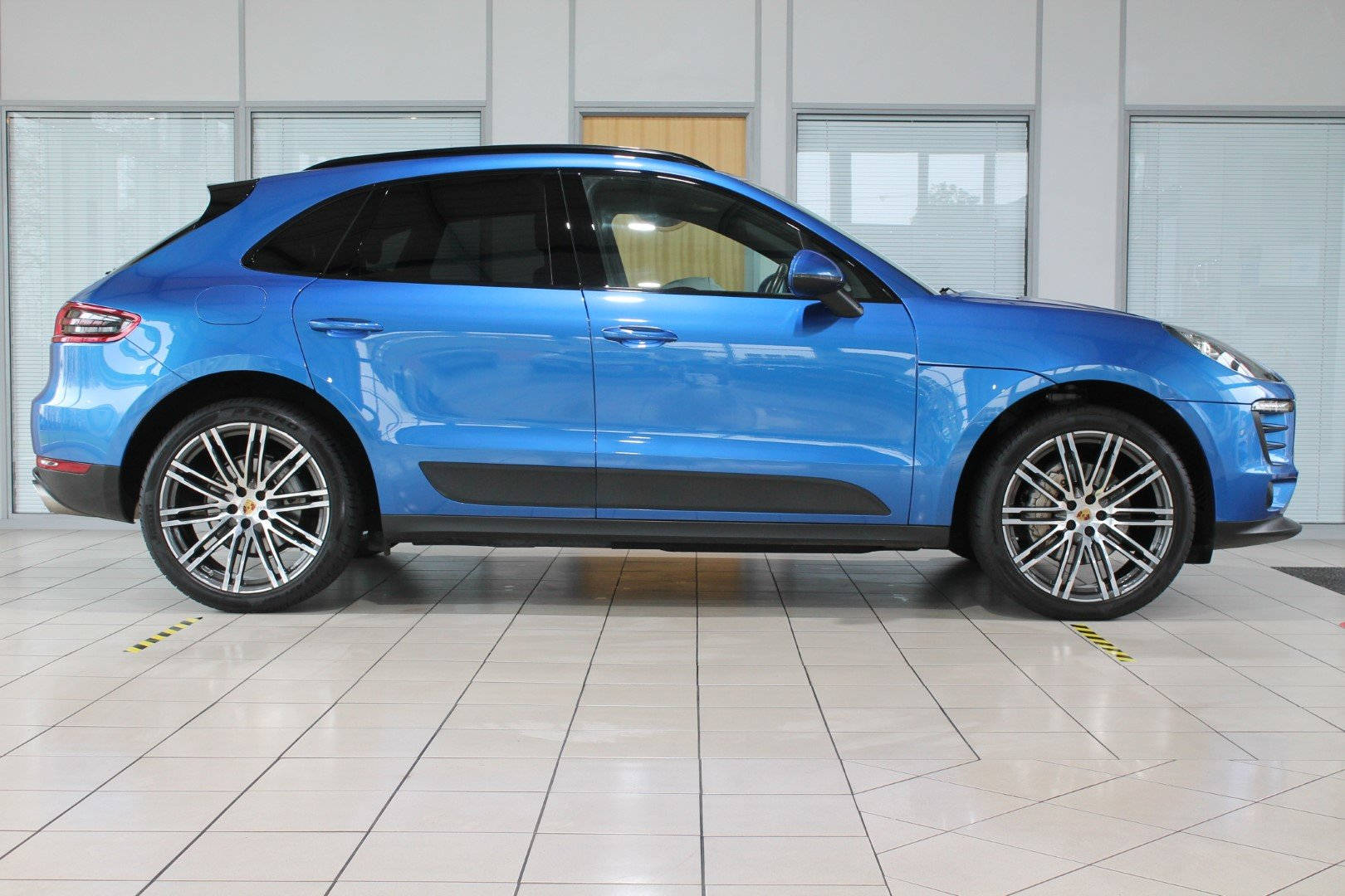 2016 Porsche Macan 3.0 S - NOW SOLD - MORE REQUIRED For Sale (picture 3 of 12)