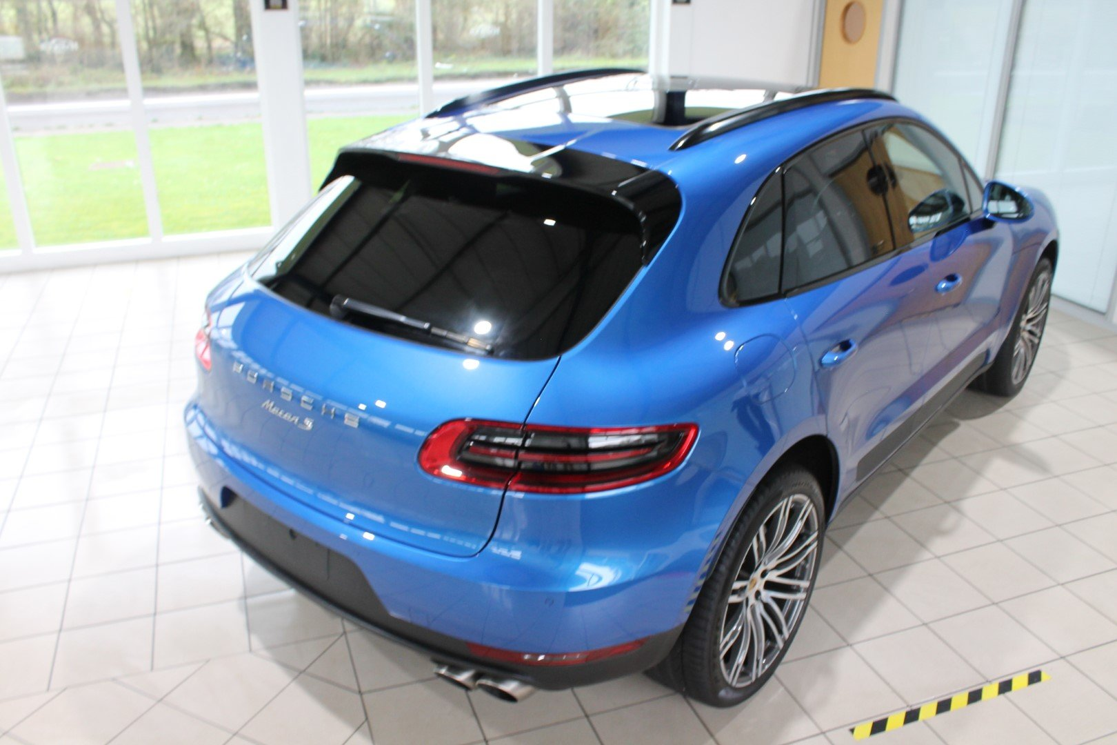 2016 Porsche Macan 3.0 S - NOW SOLD - MORE REQUIRED For Sale (picture 5 of 12)