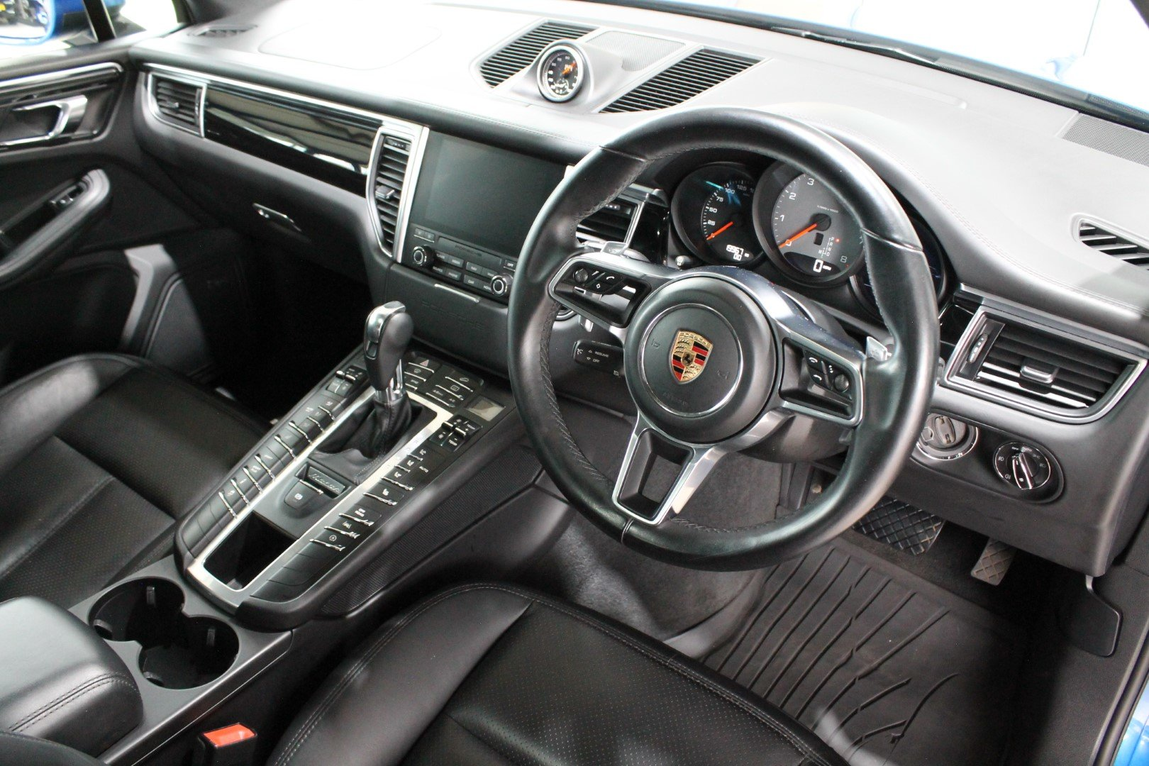 2016 Porsche Macan 3.0 S - NOW SOLD - MORE REQUIRED For Sale (picture 7 of 12)