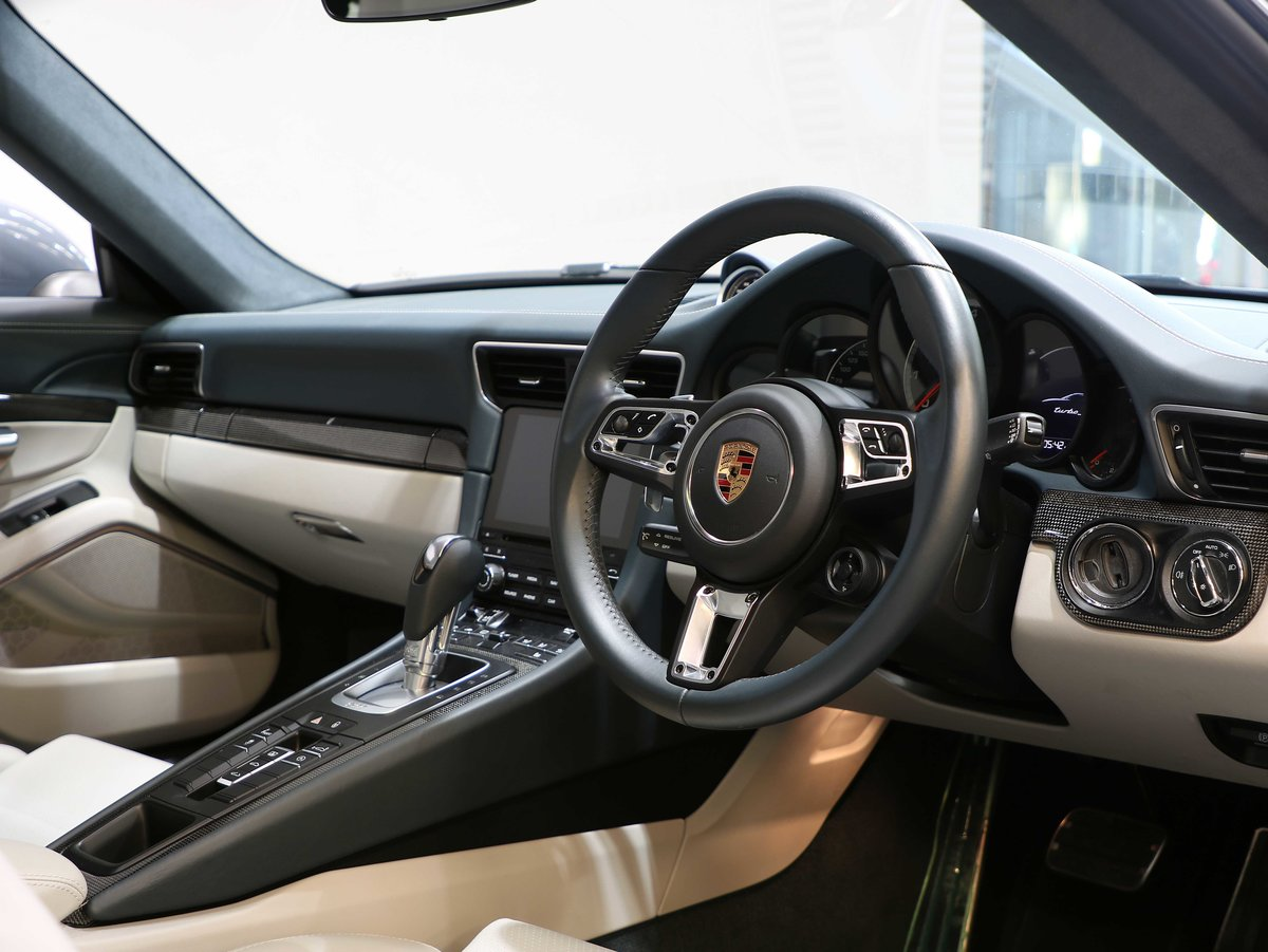 2017 17 17 PORSCHE 911 TURBO S 3.8 PDK [991.2] For Sale (picture 6 of 12)